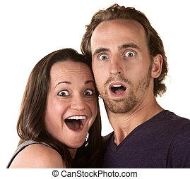 Überraschtes Paar