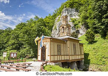 Alte Holzkapelle in ojkow - poland.