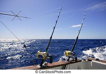 Angler Boot große Wildfischerei in Salzwasser.