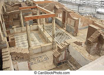 Archäologische Ruinen in einem Wohnhaus in Ephesus, Truthahn.