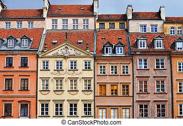 Architektur der alten Stadt in Kriegssäge, Poland.