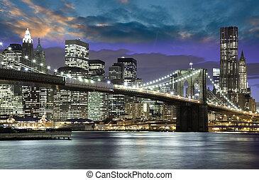 Architektur und Lichter von New York City