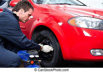Automechaniker