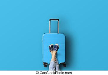 Blauer Koffer.