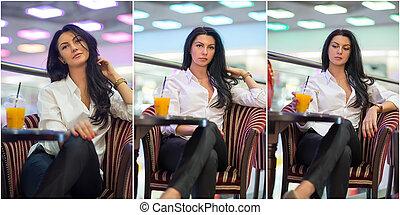 Brünette Frau im Einkaufszentrum