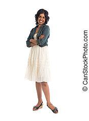 Casual indische Frau mit Rock.