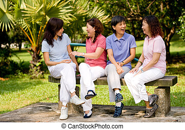 Chatting im Park