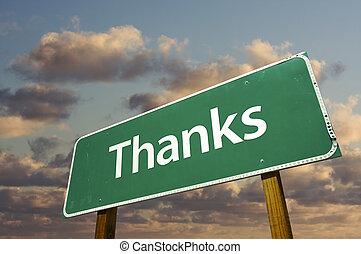 Danke, grünes Straßenschild über Wolken