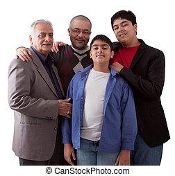 Drei Generationen einer indischen Familie.