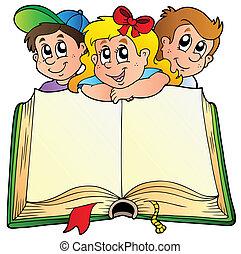 Drei Kinder mit offenem Buch