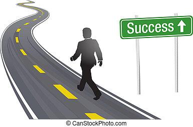 Ein Geschäftsmann betritt den Weg zum Erfolg.