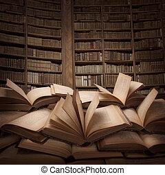 Ein Haufen Bücher.