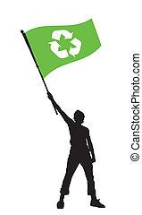 Ein Mann mit einer Recycling-Flagge