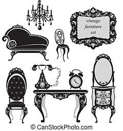 Ein Set antiker Möbel