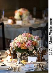 Essenstisch für eine Hochzeit oder Firmenveranstaltung