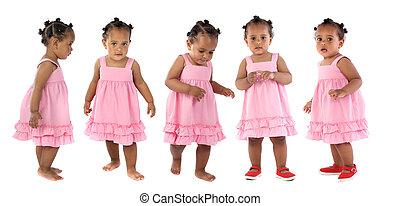 Fünf bezaubernde Babys, pink angezogen