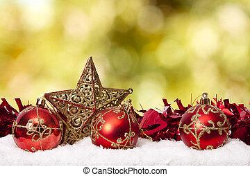 Fonds mit traditioneller Weihnachtsdekoration und Weihnachtsferien.