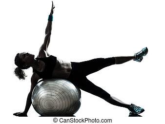 Frauen üben Fitnesstraining
