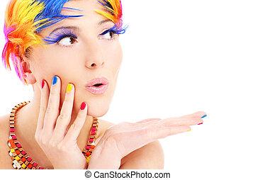 Frauengesicht und Haarfarbe.