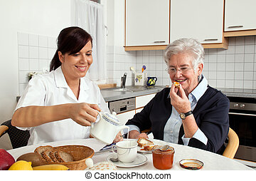 fruehstueck, frau, hilft, senioren, krankenschwester