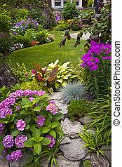 Garten und Blumen.
