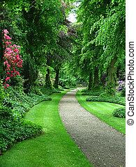 Gartenpfad