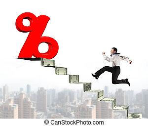 geld, oberseite, zeichen, rennender , prozentsatz, gegen, treppe, mann