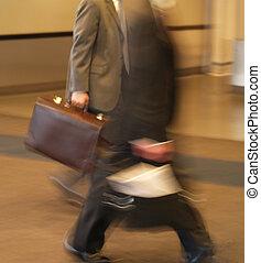 Geschäftsleute in Eile