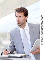 Geschäftsmann auf Geschäftsreise