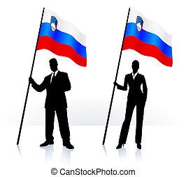 Geschäftsschmuggler mit Flagge Sloweniens