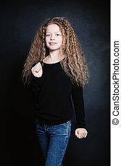 Mädchen 16 hübsch braune haare