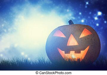 Halloween Kürbis glühend in dunklen, trüben Landschaften unter Nachthimmel und Mond