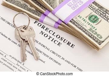 Hausschlüssel, Stapel Geld und Zwangsvollstreckung