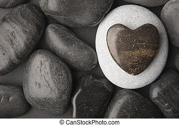 Herzförmiger Kiesel