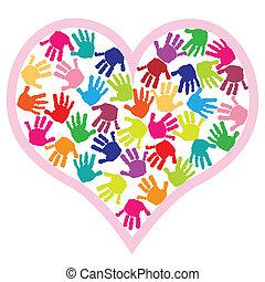 Kinder geben Abdrücke ins Herz