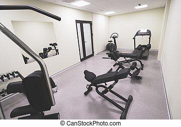 Kleines erschwingliches Fitnessstudio.