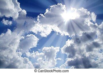 Lichtstrahlen blau mit weißen Wolken