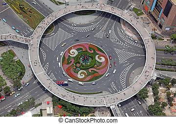 Luftaufnahme der Kreuzungen in Shanghai, China