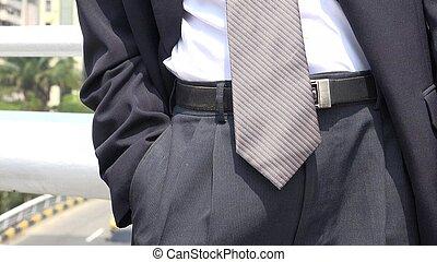Männlicher Anzug.