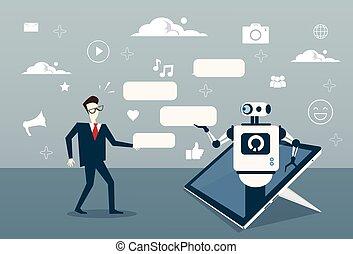 Man chatting mit Chat-Bot von digitalem Tablet oder Handy Smartphone Digital Support Technologie.