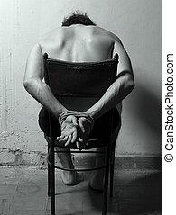 mann, stuhl, hände haben gebunden, gefoltert