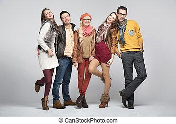 Modefoto von Freunden
