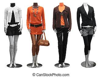 Modekleid auf Schaufensterpuppen