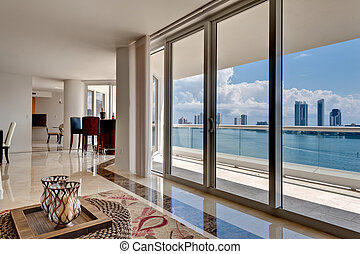 Moderne Wohnung mit Meerblick.
