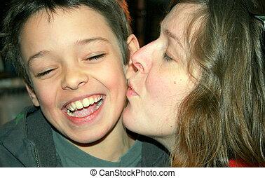 Küsst zunge mit mutter kind kontreeferyp: Mutter