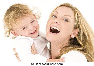 Mutter und Kind in Weiß