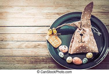 Osterhase mit Eiern.
