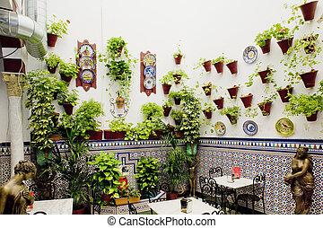 Patio Restaurant, Cordoba, Andalusien, Spain