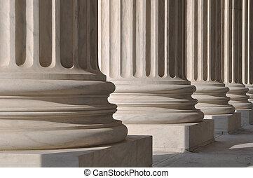 Säulen des Rechts und der Gerechtigkeit