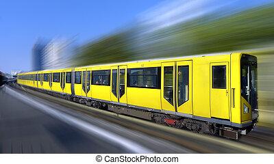 Schneller Zug mit Bewegungsmitter